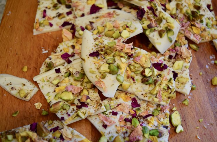 White Chocolate bark with rose petals and Za'atar